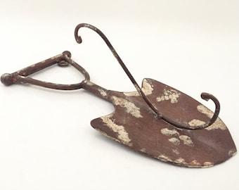 Rustic Garden Hook - Coat Hook - Key Hook - Metal Hook - Vintage Garden Spade Holder - Garden Tools Vintage