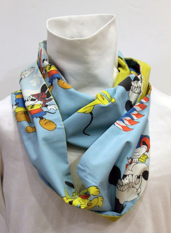 Vintage Mickey Mouse Women's Infinity Scarf