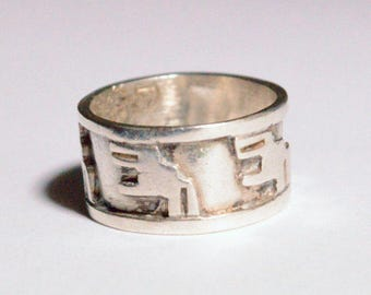SALE Vintage Sterling Silver Southwestern Style Mexico Taxco Band Size 5.5-6