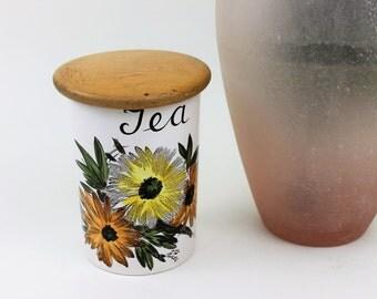 Crown Devon Fieldings Tea Storage Jar