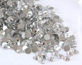 50 pcs Swarovski Flatbacks Crystal Clear  SS5, SS7 or SS9 2058 Xilion Enhanced