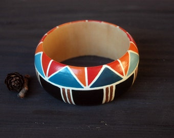 Colourful wood bangle,colorful statement bracelet, wood bracelet,wooden geometric bracelet,geometric pattern,black red,blue