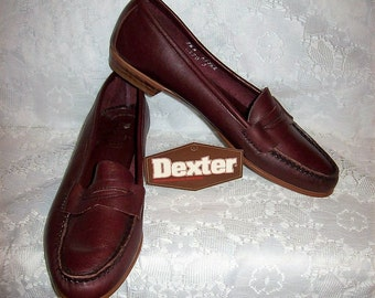 Vintage Ladies Brown Leather Slip Ons Loafers by Dexter Size 7 1/2 N Only 10 USD