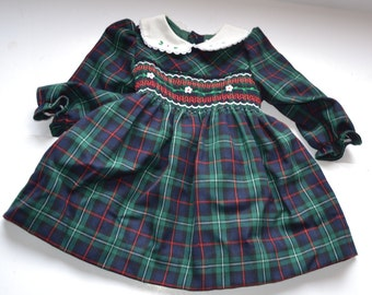 Vintage 90s  frock girl's toddler Christmas dress green red white tartan smocked baby dress size 18m Photo Prop Gift for little lady