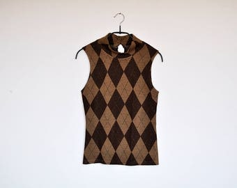 Vintage Tan and Brown Harlequin Diamond Pattern Sleeveless Mock Turtle Neck Knit Tank Top