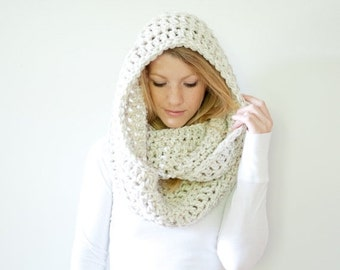 FLASH SALE the DAKOTA infinity - Extra Chunky Cowl Scarf Hood Loop Infinity scarf - wheat - wool blend