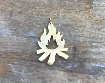 Small Campfire Charm 24k Gold Plated Stainless Steel Minimal Layering Charm Camp Fire Silhouette Jewelry Camping Pendant (AS042)