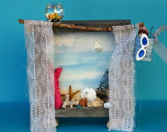 Shell collector, shadow box, diorama, window with shells, beachy, vacation, ocean scene, coral, starfish, wooden box, whimsical. beach bag