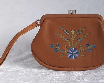 Leather Fossil Wristlet Purse