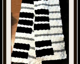 Piano Scarf, Keyboard Scarf, C2C Graph, Written Word Chart