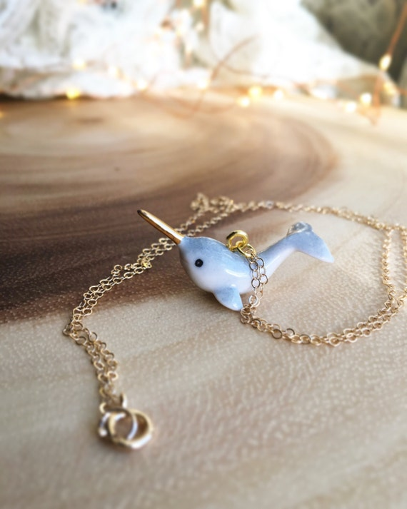 NARWHAL ceramic mini totem with golden horn necklace