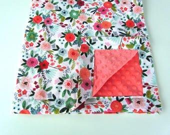 Floral Baby Blanket || Riley Blake Florals Blanket || Coral & Mint Flower Blanket || Coral Minky Baby Blanket || On Trend Baby Blanket
