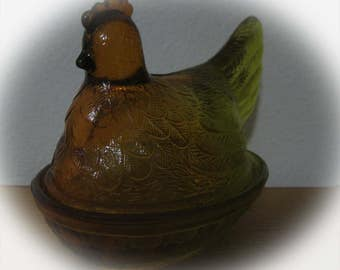 Vintage 1960s or 1970s Carnival Glass Amber Green Hen on Nest-Vintage Glass