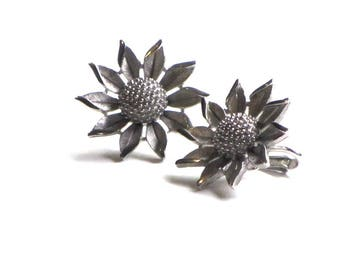 Sunflower Earrings Crown Trifari Etched Silver Matte Clips 1960's Summer Flowers Mothers Day Gift