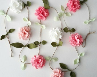 Cream, Blush and Pink Felt Flower Garland, Floral Garland, Home and Nursery decor, Wall hanging, Wedding/ Party decor, Baby Shower decor