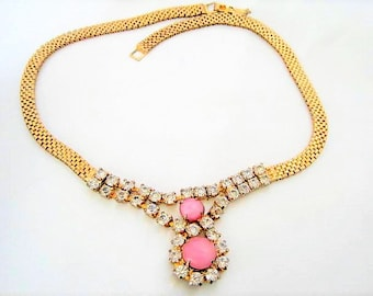 Art Deco Rhinestone Necklace - Pink Glass Cabochon - Gold Mesh Chain