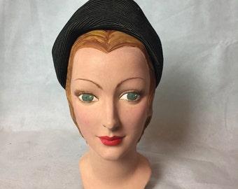 1940s turban type hat