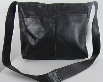 Vintage Hobo International Shoulder Bag - Black Leather Purse Classic Handbag - Womens Minimalist Designer Cross Body Bag