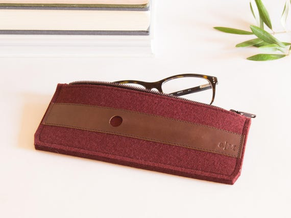 Felt and leather PENCIL CASE / sunglasses case / pen holder / burgundy case / wool felt / handmade / made in Italy