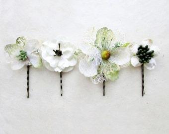 Bridal Hair Pins, Rustic Wedding Hair Flowers. Cream Flower Clips, Ivory Hair clips, Wedding Bobby Pins, Burlap Wedding Hair Accessory.