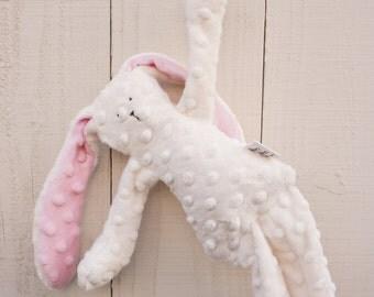 Floppy Bunny Pearl