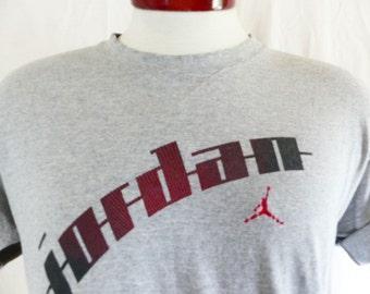vintage 90's Nike Air Jordan heather grey graphic t-shirt crew v-patch neck tee ombre black red gradient stripe jumpman logo print medium