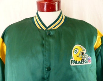 vintage 80's Green Bay Packers color block green gold yellow nylon bomber jacket quilted insulated lining embroidered patch logo striped XL