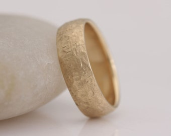 Wedding band, 14k yellow gold band, rough hammered texture, size 7 1/4 and custom sizes, #740.