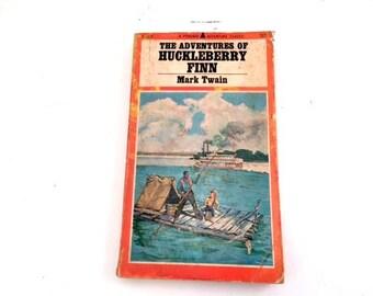 Adventures of Huckleberry Finn, Mark Twain, 1966