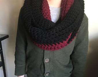 Kids burgundy and black infinity scarf