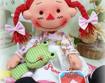 """Cloth Rag Dolls Raggedy Ann Andy 13.5"""" Pink Dress Apron Annie Pigtails Frog Doll"""