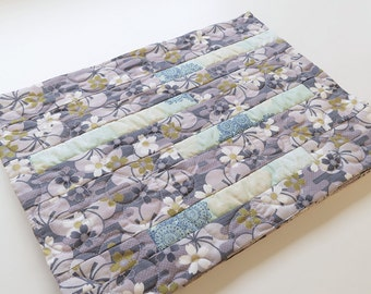 Japanese cherry blossom print fabric placemats, A set of four place mats, quilted palcemats