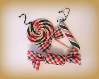 Primitive Classic Christmas Candy Ornaments SET OF 3 Tan Green and Red Fake Lollipop Candy Ornaments