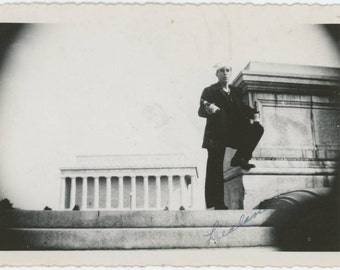 Vintage Snapshot Photo: Sailor Lealand w/ Bottles in Front of Lincoln memorial, c1940s (610513)