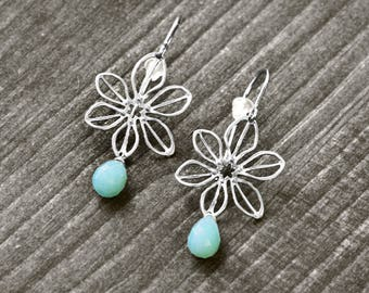 STAR FLOWER earrings with flower and gem   silver