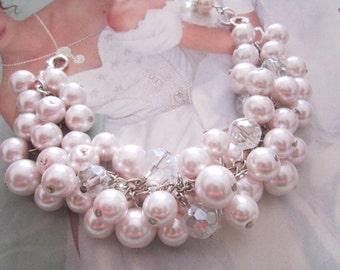 Blush Pearl Wedding Bracelet, Pink Pearl Bracelet, Cluster Bracelet, Bridesmaid Jewelry, Bridesmaid Bracelet, Pearl Bracelet, Gift For Her