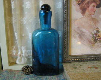 Vintage Cobalt Blue Glass Perfume Bottle Flower Water Bottle Vintage Fragrance Bottle Scent Bottle