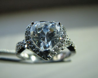 Vintage Sterling Silver  Cubic Zirconia Heart Engagement Ring Valentines Day Gift Size 7