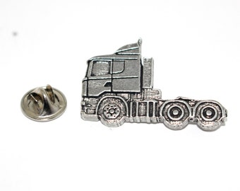 Semi Truck Head ~ Refrigerator Magnet ~ A235M