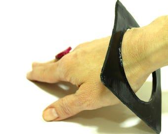 Big ceramic black square bangle bracelet, hand painted, bohemian bracelet, oversized bracelet, chunky bangle, coctail jewellery