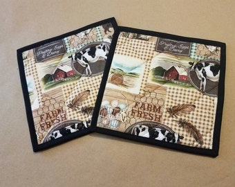 Farm Fresh Quilted Potholders, Set of 2, Cow, Hay Bales, Eggs, Chicken Wire, Feathers, Red Barn, Insulated Trivets, Country Kitchen Decor