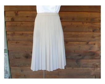 Vintage Fletcher Jones, Beige pleated wool skirt, Size XS-S