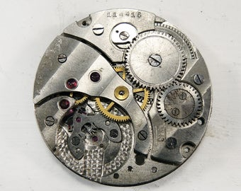 Vintage pocket watch movement - c50
