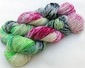 Handdyed SockYarn, 75 Wool, 25 Nylon 100g 3.5 oz. Nr. 750