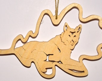 Ornament Forest Leaf Coyote
