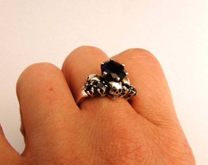 RESERVED FOR ALEX Womans wedding ring 18k white gold and garnets size 5