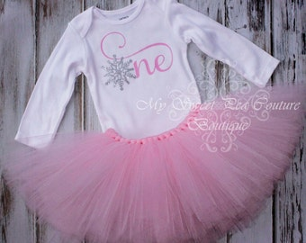 Snow Flake First Birthday Outfit- Cake Smash Outfit- 1st Birthday- Winter Birthday- First Birthday- Tutu Outfit- Winter Wonderland- One