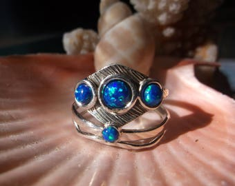 Fire Opal Ring..925 Sterling Silver..size 9