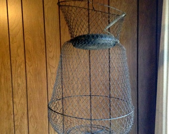 Vintage Wire Mesh Fish Basket - Floating - Pop-up - Collapsible - Hanging - Decorative