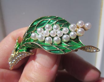 GIFT for Her! Splendid vivid green enamel LILY brooch w crystals & PEARLS
